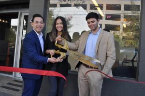 Cetera Investors ribbon cutting